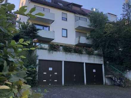 Eigentumswohnung mit Garage als solide Kapitalanlage im DG eines 6-Familienhauses