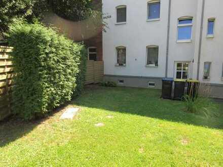 Schönes helles Zimmer 15 qm mit Gartenblick