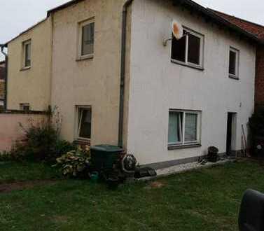 Kleines komplett saniertes Haus/Wohnung zu vermieten