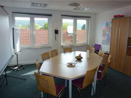 Helle, großzügige Räume in attraktivem Bürogebäude, auch einzeln mietbar