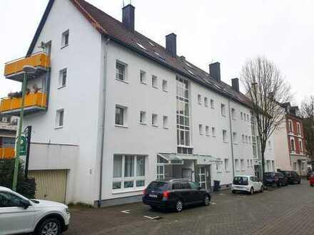 Stilvolle, vollständig renovierte 1-Zimmer-DG-Wohnung mit Einbauküche in Hagen