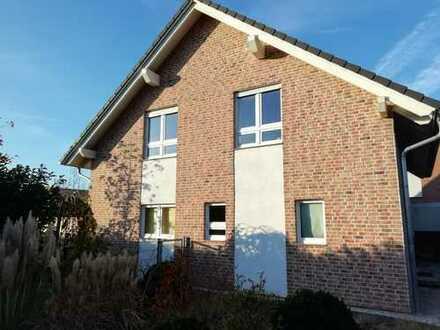 Schönes Haus mit fünf Zimmern in Viersen (Kreis), Nettetal