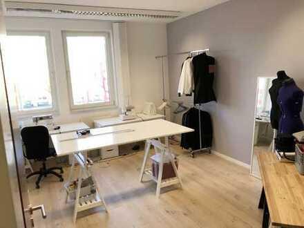 *PROVISIONSFREI* - Helle und moderne Büroräume zu vermieten in Unterföhring