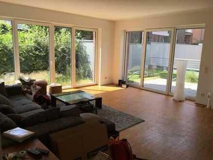 2 Zimmer EG-Wohnung zentrumsnah in gehobener Ausstattung