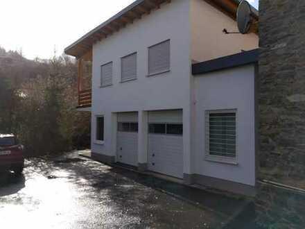 Wohn- und Geschäftsgebäude im Herzen von Adenau am Nürburgring!