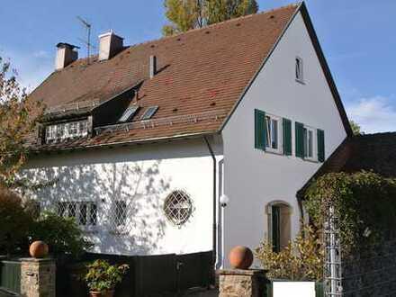 Großzügige, wunderschöne und familiengerechte Villa mit herrlichem Grundstück in S-Sonnenberg