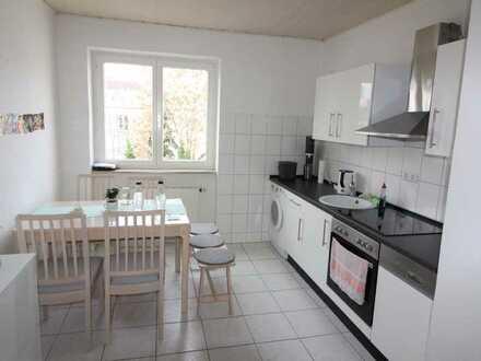 hell - freundlich - große Wohnküche - 2 ZKB