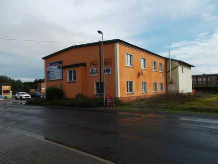 Mehrzweckgebäude mit vielfältigen Nutzungsmöglichkeiten