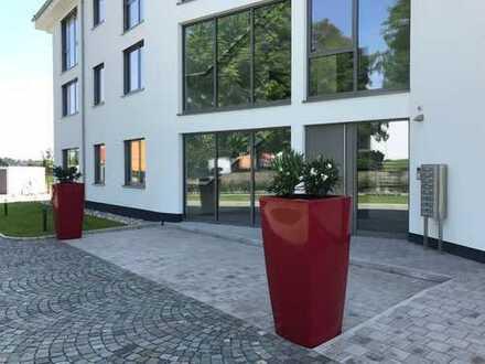 Erdgeschosswohnung in exclusiver Stadtvilla, in privater Parkanlage mit Panoramablick in Südlage