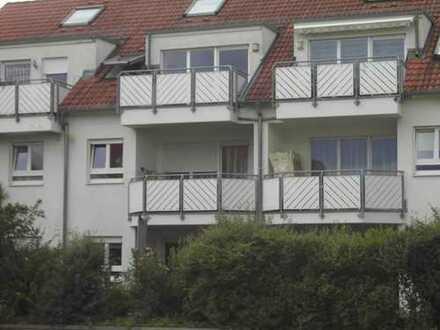 Schöne 2-Zimmer-Wohnung mit Balkon und EBK in Bietigheim