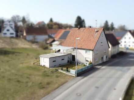Großes Haus mit viel Potential bei Bad Saulgau - eine einmalige Gelegenheit für alle Handwerker!