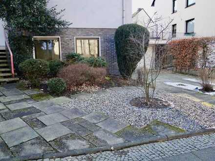 Büro mit eigenem Eingang nähe Stadtpark