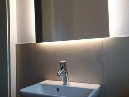 Erstbezug nach Sanierung mit Einbauküche und Balkon: attraktive 4-Zimmer-Wohnung in Alzenau