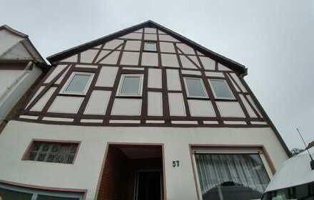 VON PRIVAT: Großes Fachwerkhaus mit ausgebautem Nebengebäude inkl. Malerarbeiten nach Wunsch