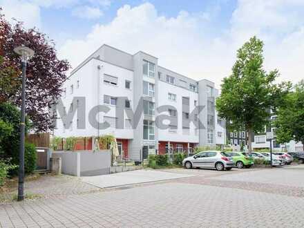 Komfortables Wohnen gegenüber von Straßburg: Neuwertige 4-Zi.-ETW mit Balkon in Kehl