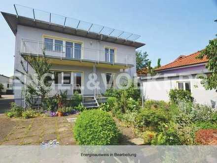 Charmantes 2-Familienhaus mit idyllischem Garten