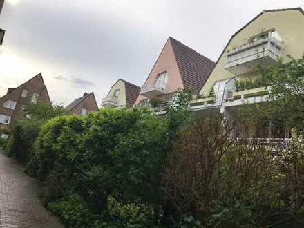 Exklusive, modernisierte 2-Zimmer-Wohnung mit Balkon in Braunsfeld, Köln
