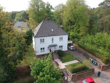 Halle-Dölau / Ruhiges Wohnen in exponierter Villenlage an der Dölauer Heide