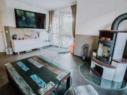 Suche Mitbewohnerin - Biete schönes Zimmer in Thon, Nutzung der ganzen Wohnung & Garten inklusive