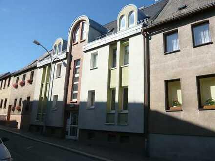 große 1-Raum Wohnung mit Balkon in zentraler Lage