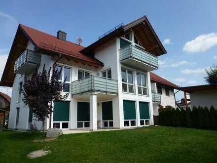 Helle 3-Zimmer-Wohnung mit Balkon in Weßling/Oberpfaffenhofen