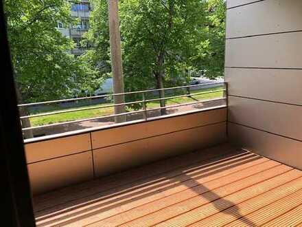 Dresden City 2 Zimmer gr. überdachter Balkon I.OG Aufzug Parkett uvm.