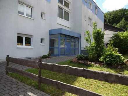 Freundliche helle 5-Zimmer-Wohnung mit Balkon und EBK in Landstuhl