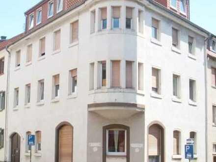 Sanierte Wohnung mit vier Zimmern und Balkon in Neustadt an der Weinstraße