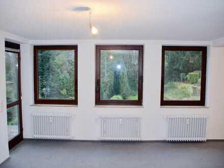 Geräumige 1-Zimmer-Wohnung am Stadtgarten mit Blick ins Grüne