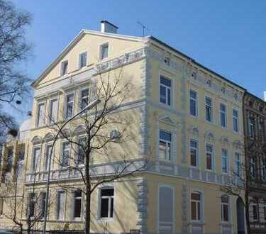 """""""Wohnglück"""" nahe Bontekai! Erdgeschosswohnung mit 4 Zimmern und Garage"""