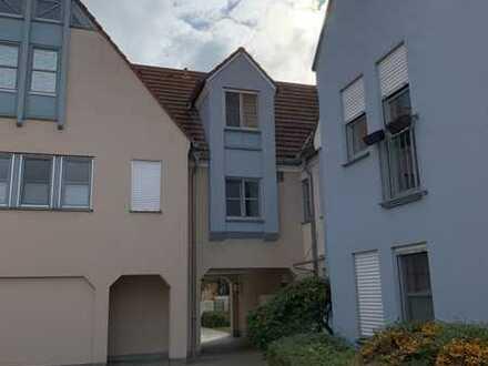 Großzügige, renovierte 4-Zimmer-Wohnung in Heilsbronn