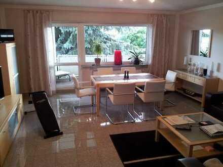 Gut geschnittene 2-Zimmer-Wohnung, neu saniert