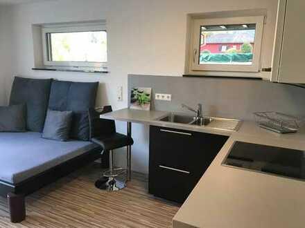 Erstbezug! All Inclusive! Möblierte hochwertige 1,5-Zimmer-EG-Wohnung mit Einbauküche, Terrasse: