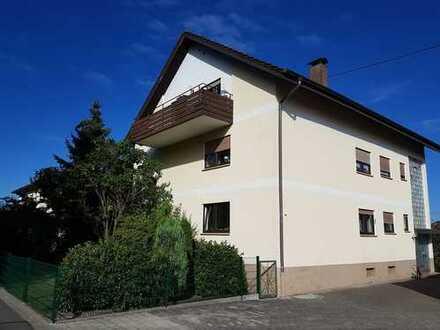 Schöne drei Zimmer DG-Wohnung in Ortenaukreis, Lahr-Mietersheim