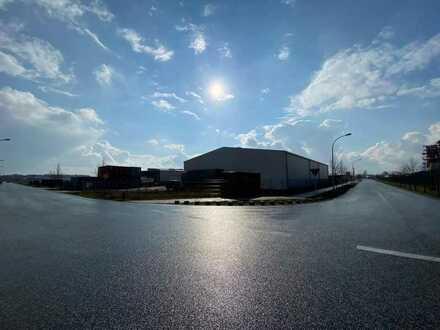 Kalthalle mit circa 1.029 m² Nutzfläche und circa 3.000 m² Freifläche im Gewerbepark Oranienburg ...