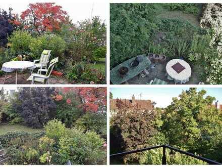Haus-Mitbewohner*in / 12-qm-Zimmer m. Balkon / Garten, ruhige Wohnlage und Ausblick über Würzburg-Le