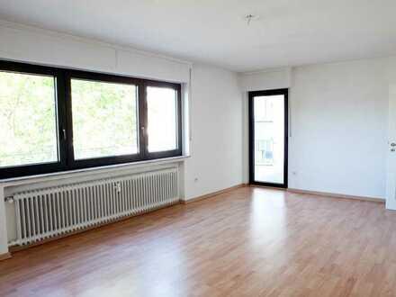 Helle 2-Zimmer-Wohnung in zentraler Lage in Kelsterbach