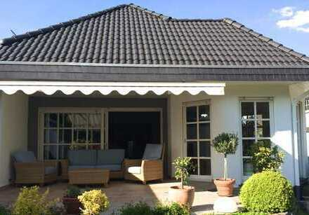 Großzügiges Einfamilienhaus mit schönem Garten