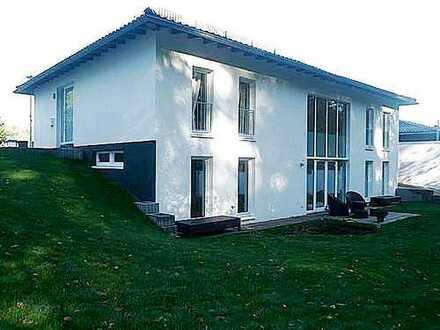 Freistehendes, lichtdurchflutetes Wohlfühlhaus für die ganze Familie in Königsdorf