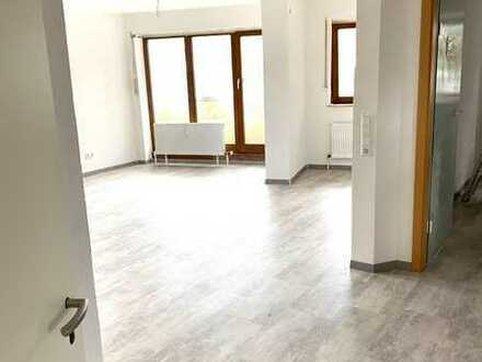 2-Zimmer-Wohnung mit Balkon und EBK in Schönaich