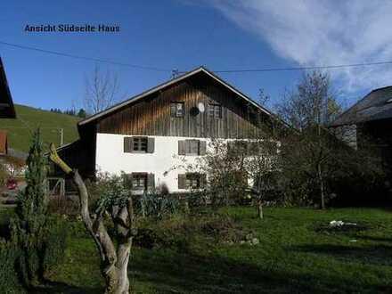 Bauerhaus in Weilerrandlage, bei Pfronten zw. Kempten und Füssen