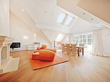 4-Zimmer-Loft-Wohnung mit luxuriöser Ausstattung, 2 Bädern, 3 Balkonen und 2 XXL-Parkplätzen!