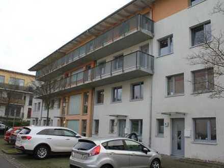 Gepflegte, helle 3-Zimmer-Wohnung mit Balkon und EBK