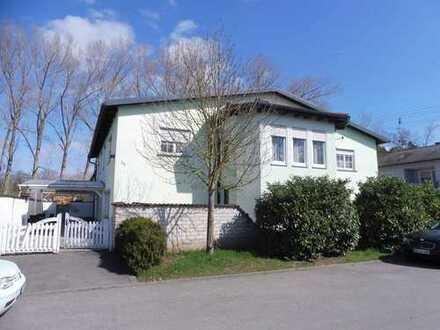 Lagerhalle (LKW-befahrbar) mit Wohn- und Geschäftshaus, Grd. 1.821m², Hallenfläche ca. 300 m²