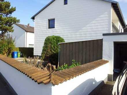 Schön geschnittene 4ZKB Wohnung mit Garten, SW, 1.OG, EBK, Nähe Baggersee, von privat