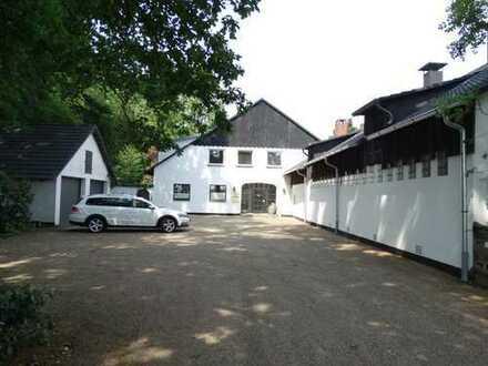 Romantische Luxuswohnung in altem Gutshaus am LSG in HB
