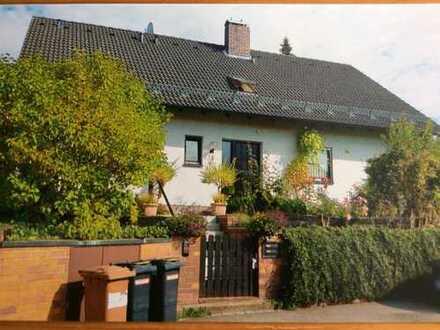 Einfamilienhaus mit Einliegerwohnung in 90559 Burgthann