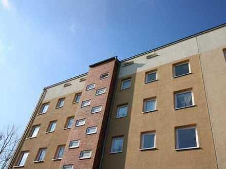 Frisch renovierte 3-Zimmer-Wohnung mit Balkon in Seenähe