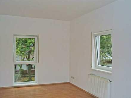 POCHERT HAUSVERWALTUNG - Helle, schön aufgeteilte 2-Zimmer-Wohnung
