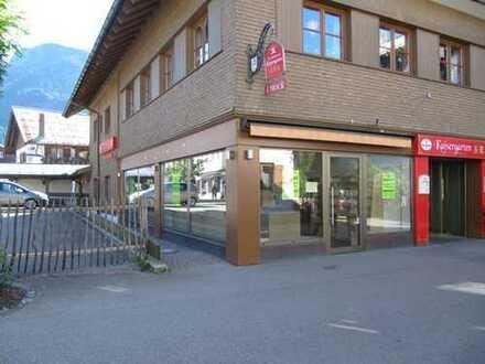 Ladenfläche mit Ecklage und großer Schaufensterfront in 1 A Lage von Oberstdorf